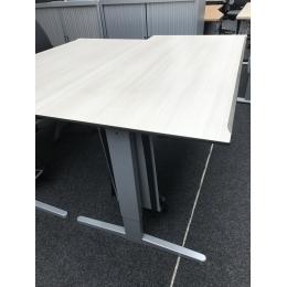 Samas tafel met slinger - Bureaus en Tafels